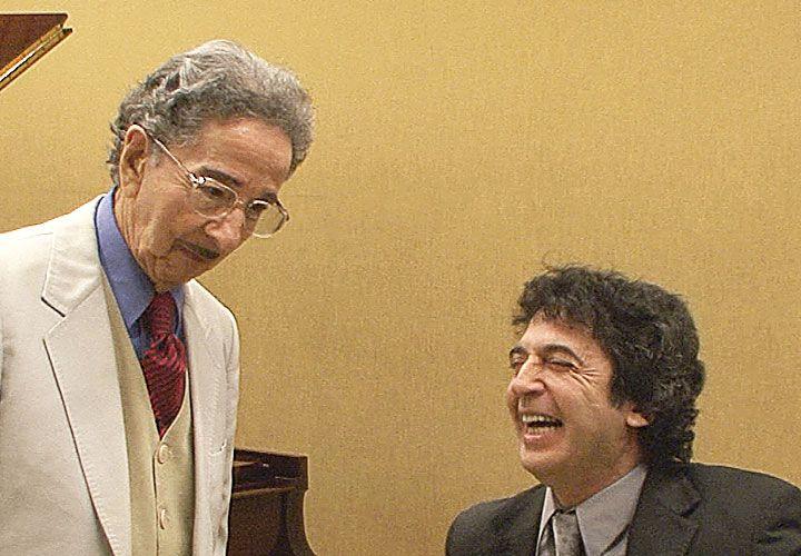 Albúm. Salgán y su hijo César, también pianista y tanguero.
