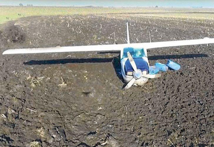 Tierra. Una aeronave con droga que fue hallada abandonada en una pista clandestina entrerriana.