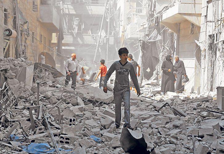 Restos. Una calle destruida de la ciudad del este de Siria.