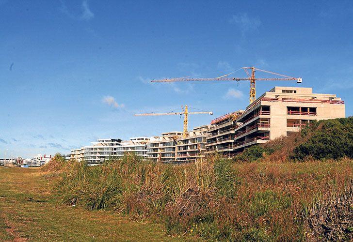 DESTINO. Las propiedades en Punta del Este, refugio local.