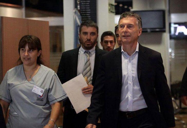 Macri, en su ingreso a la clínica.