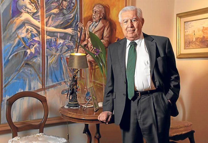 David y Borges. Un cuadro con una imagen del escritor en la casa del juez: ambos hablaron en otros tiempos sobre Justicia y medios.