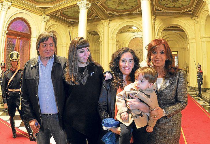 En familia. Máximo, Florencia y Cristina Kirchner, cada vez con más problemas judiciales.