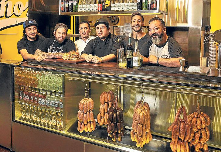Choripaneria. En el local de Chorix en Palermo sólo venden sándwiches de chorizo y de morcilla.
