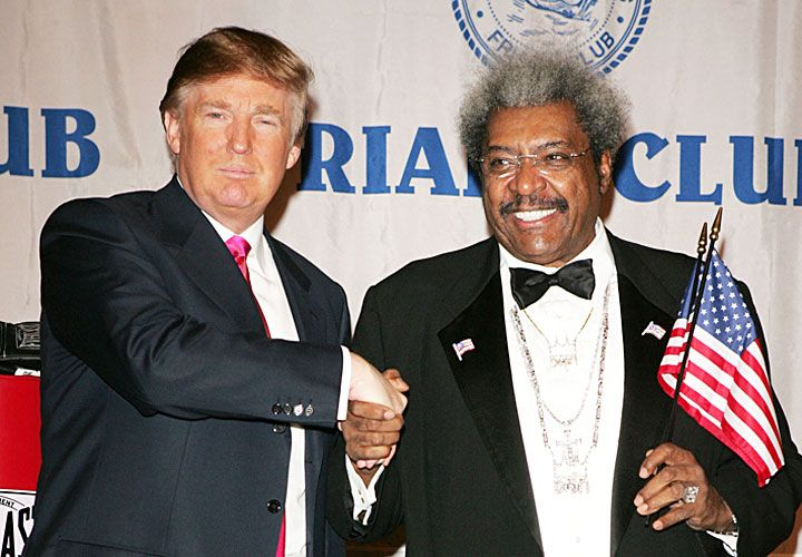 Alta sociedad. El candidato a presidente republicano y Don King, hombre fuerte en el boxeo.