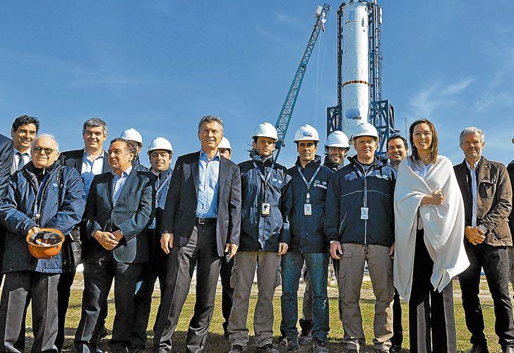 Apoyo. Varotto, Peña, Barañao, Macri y Vidal, juntos para respaldar el proyecto espacial argentino.