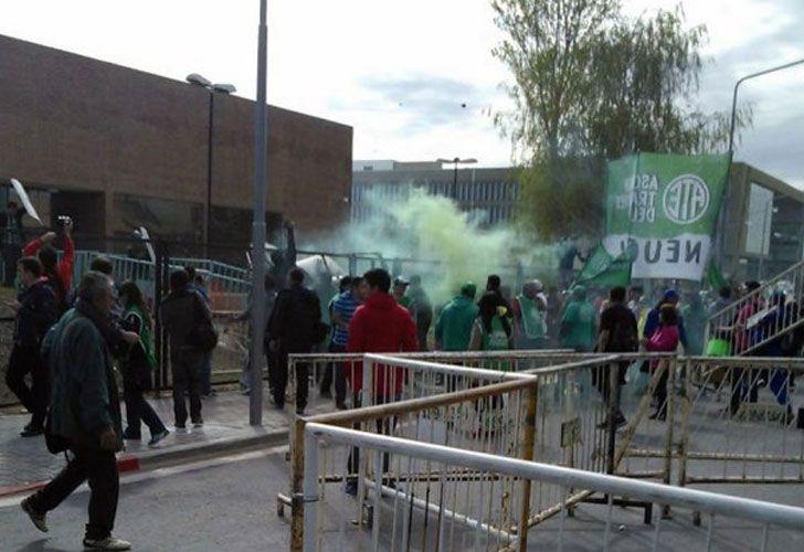 0916_neuquen_enfrentamientos_g
