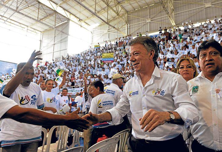 """Los une el espanto. Pastrana solía decir: """"Uribe fue elegido para la guerra y yo para la paz"""". Pero ahora encabezan juntos la oposición al acuerdo entre Santos y la guerrilla."""