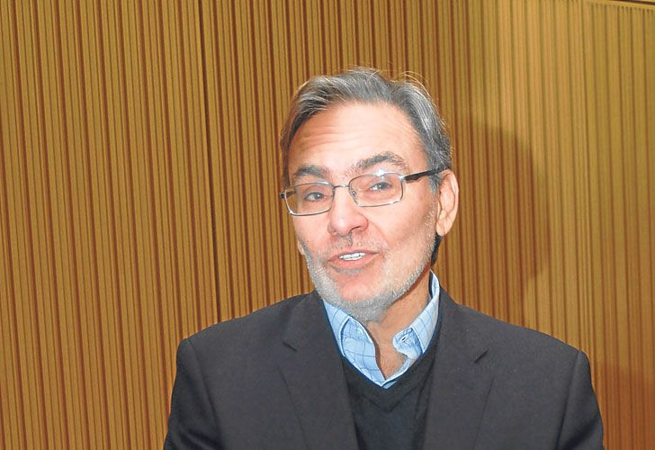 PARTES. Claudio Cesario lidera los bancos extranjeros. Gustavo Lopetegui, coordinador.