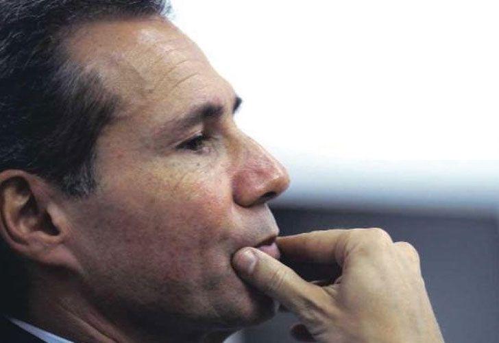 Entorno. Los policías que debían cuidar al fiscal trabajaban para  firmas de seguridad ligadas al Exxel Group, de Juan Navarro (abajo).