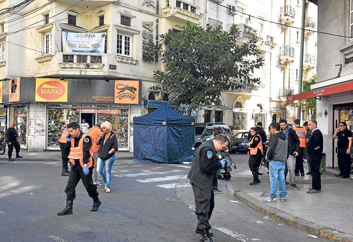 Almagro.  El 27 de septiembre la Policía se tiroteó con dos motochorros armados en la intersección de Medrano y Lezica. Un ladrón terminó muerto.