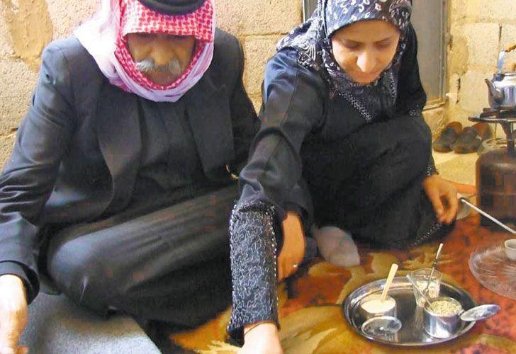 HABITO PERDIDO. Los sirios también comparten el mate.