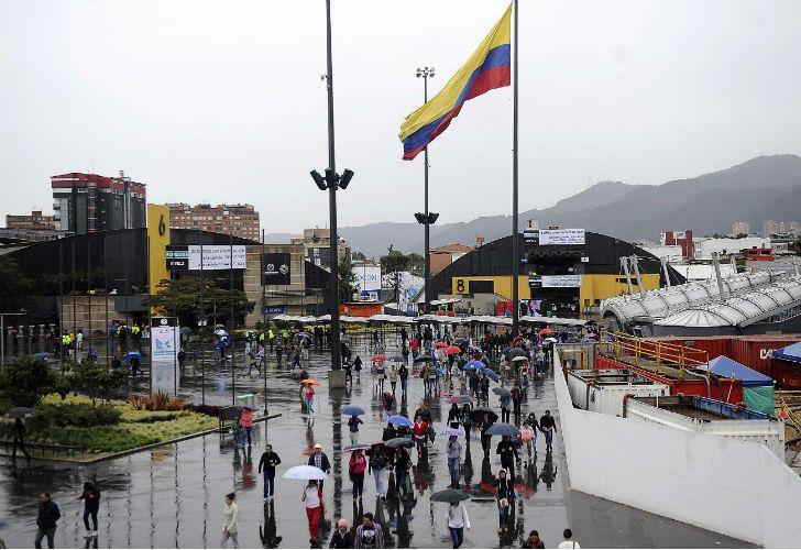 Colombia asiste a un histórico plebiscito por la paz.