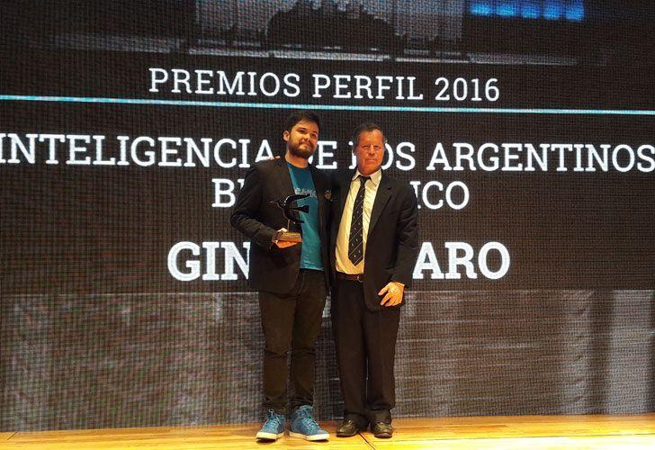 El joven ingeniero Gino Tubaro ganó esta tarde el premio PERFIL a la Inteligencia de los Argentinos.