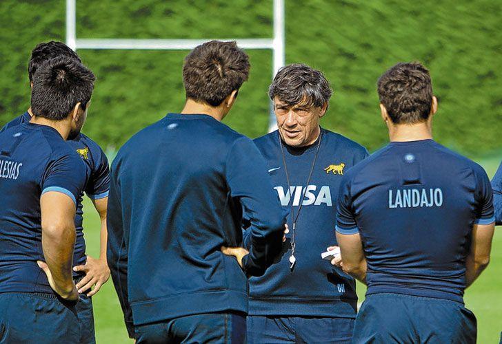 Hourcade. El entrenador argentino movió jugadores de cara al último partido del Rugby Championship de la temporada.