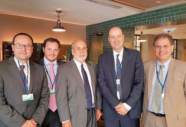 ROCE. Sturzenegger festejó en Twitter el encuentro con el ex titular de la Fed, Ben Bernanke.
