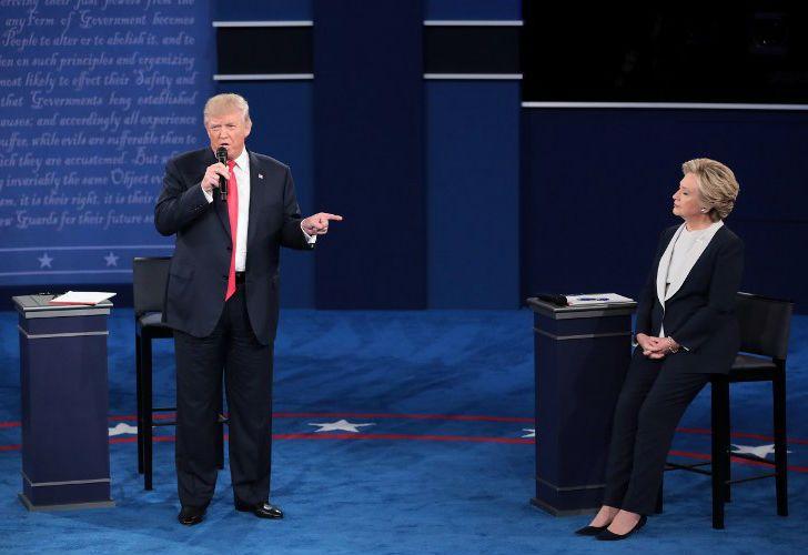 Hillary Clinton y Donald Trump se enfrentan en el segundo debate.