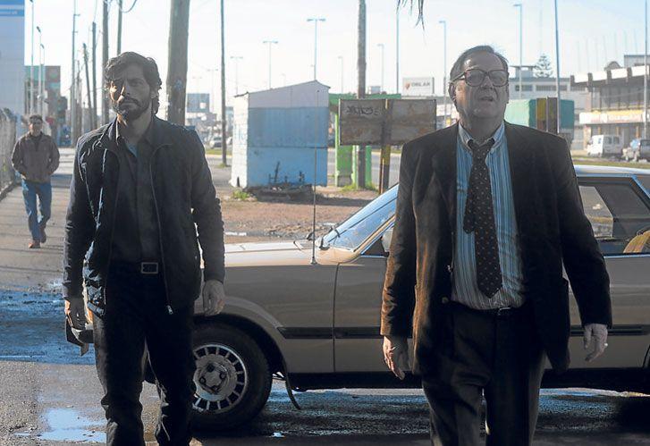 Nacionales. A la izquierda, Joaquín Furriel y Luis Luque en la miniserie El jardín de bronce, coproducida por Pol-ka.