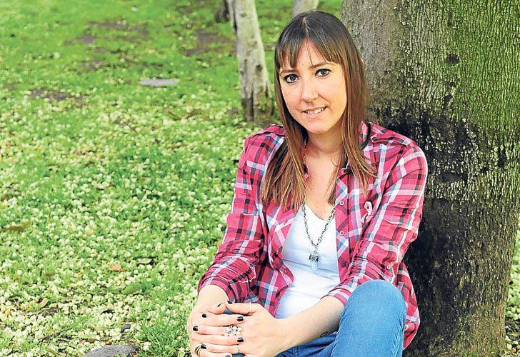 Valientes. Elena sueña con ser mamá. Samanta tiene tres hijos. Las dos superaron el cáncer.
