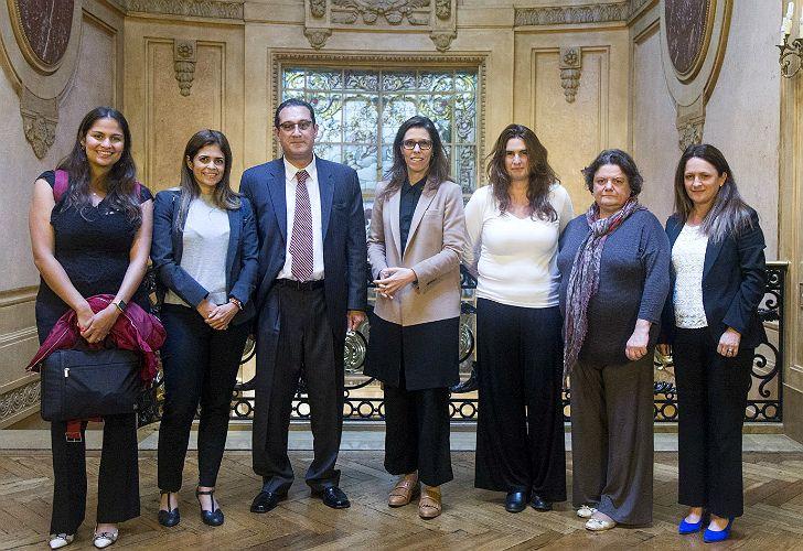 La misión de la OEA junto a Laura Alonso.