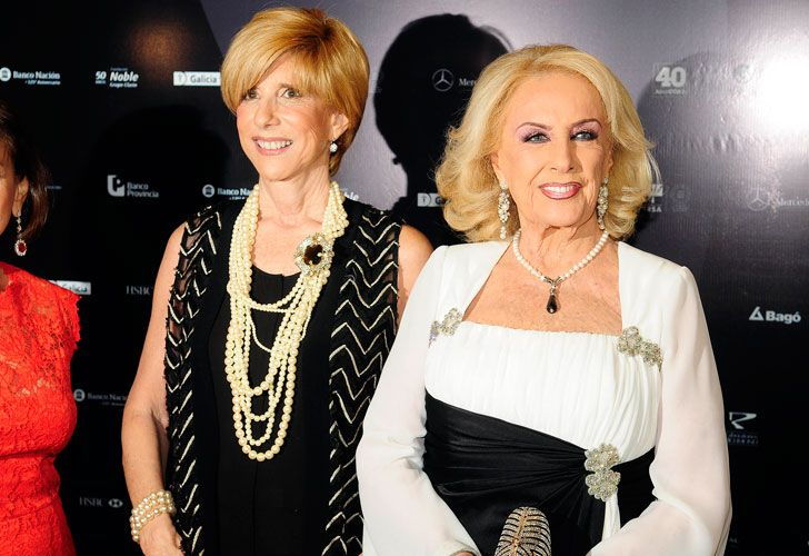 Mirtha Legrand, junto a la presidente de COAS, Any Mestre.