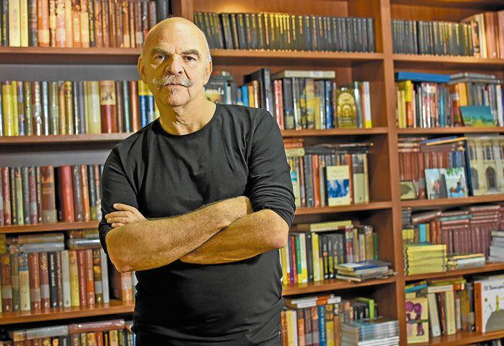 Temporalidades. Caparrós –historiador de formación– y su novela histórica.
