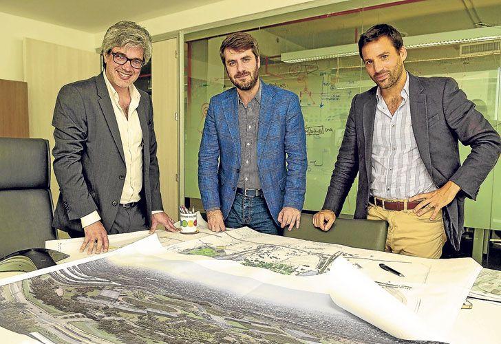 """Equipo. Francisco Milia, Juan Vacas y Alvaro García Resta lideran a los """"renderistas"""" porteños."""
