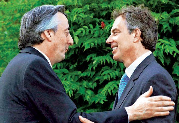 Juntos. Kirchner y Blair, en el momento de la reunión en la que se dialogó sobre Malvinas.