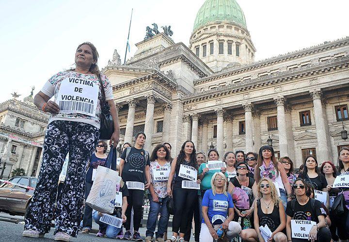 Argentina. Del Congreso a Plaza de Mayo.