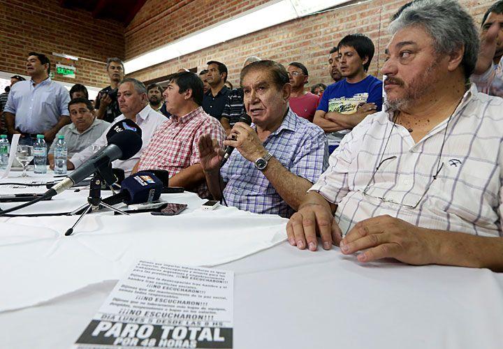 MEDIDAS DE FUERZA. Del sindicalista Pereyra, por despidos en YPF.