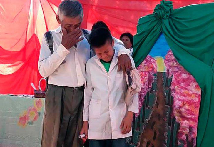 A un alumno chaqueño, le ofrecen ayuda hasta de China.