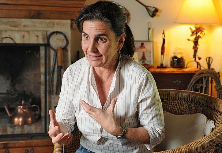 otra vida. Irene perdió a su marido, Guillermo Bártoli, quien falleció de cáncer hace dos años. En 2010 se recibió de abogada.