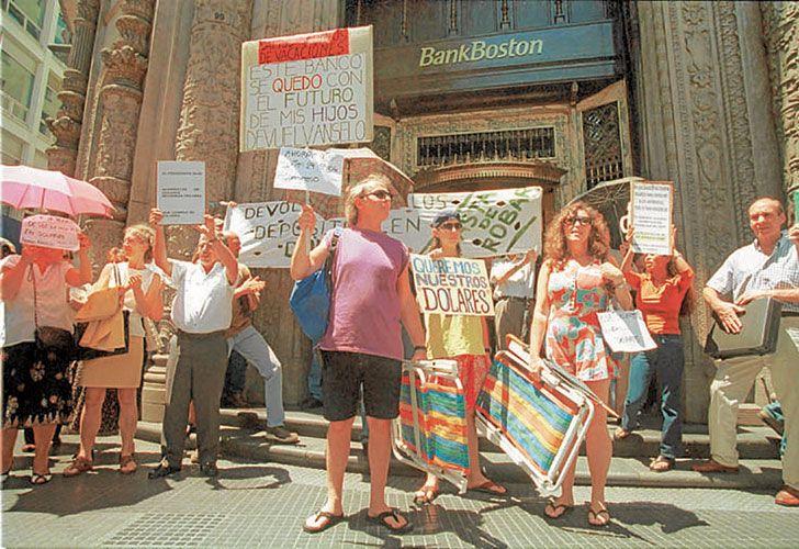 CAVALLO. El ex ministro de Economía, Domingo Cavallo, quedó en la historia por la crisis de 2001.
