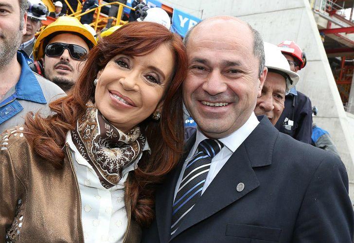 Archivo. El intendente Mario Secco, junto a Cristina Fernández de Kirchner.