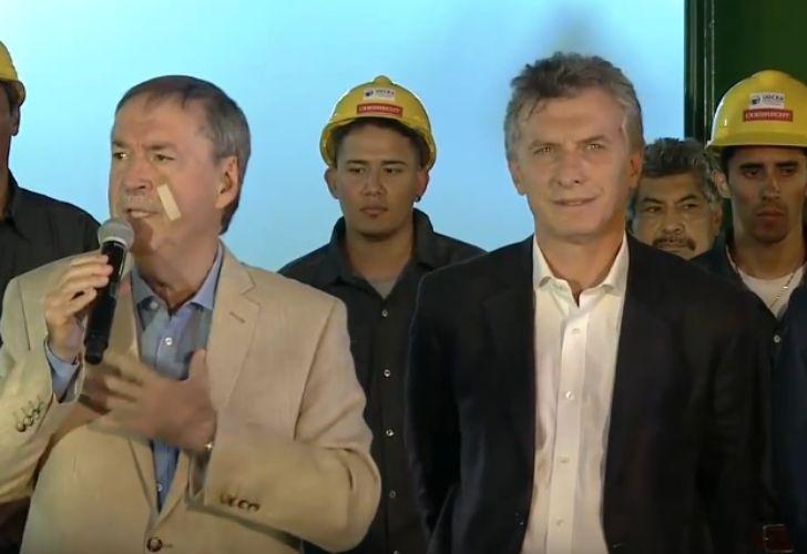 El presidente inaugura un gasoducto que construyó Oderbrecht.