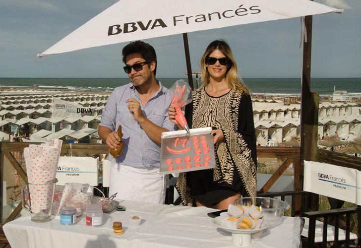 La exparticipante del Bailando 2016 Mery Del Cerro cocinando Macarrons con Mauricio Asta