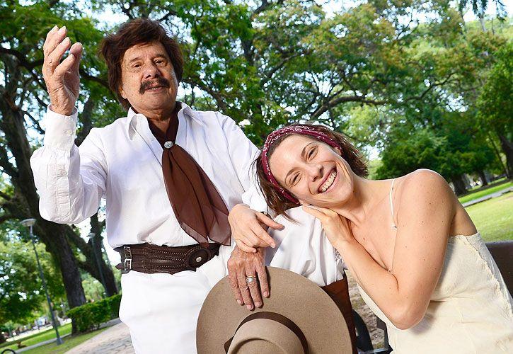Estrellas. Elena Roger y Ramón Ayala, en los shows que brindaron en Corrientes para el Festival de Chamamé.