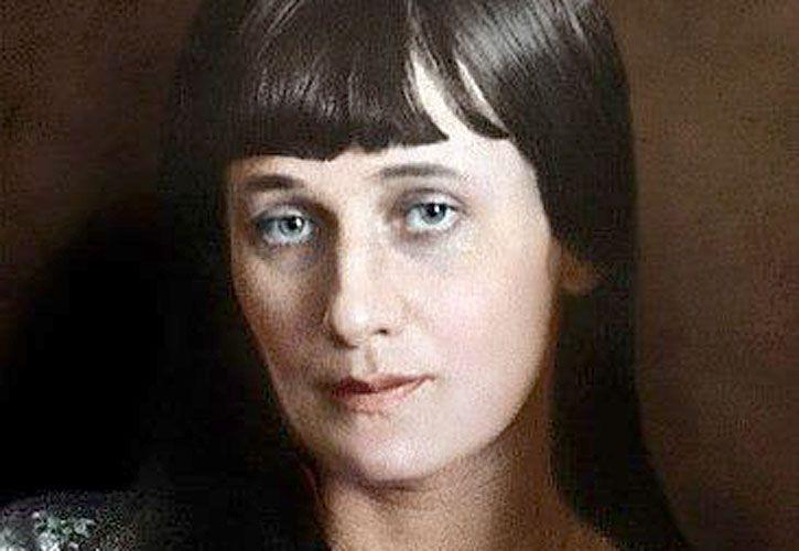 Anna Ajmatova.