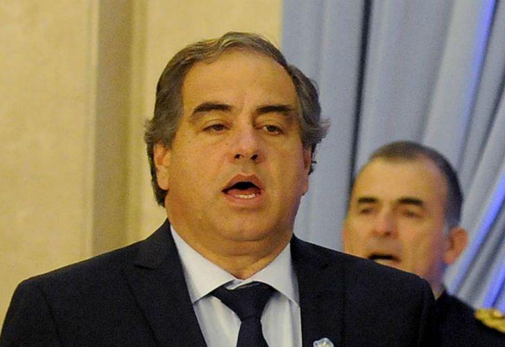 El ministro de Defensa apuesta a incrementar la producción de armas.