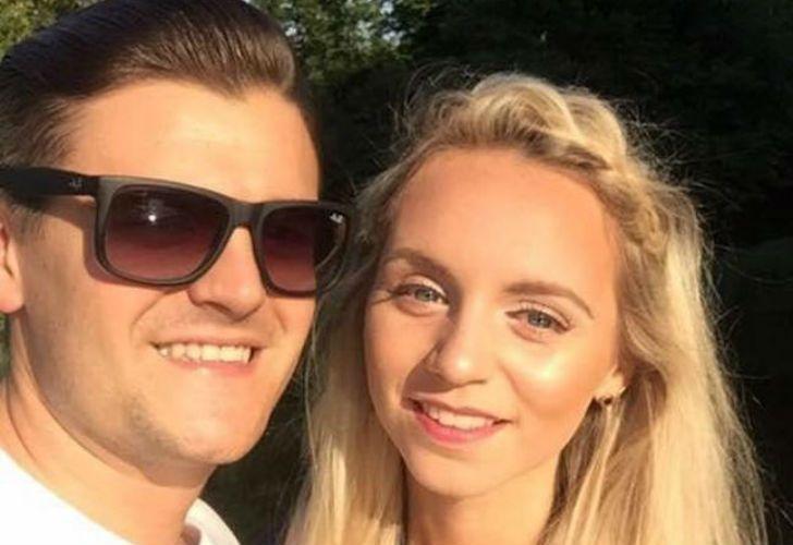 Jessica Sharman junto a su novio.
