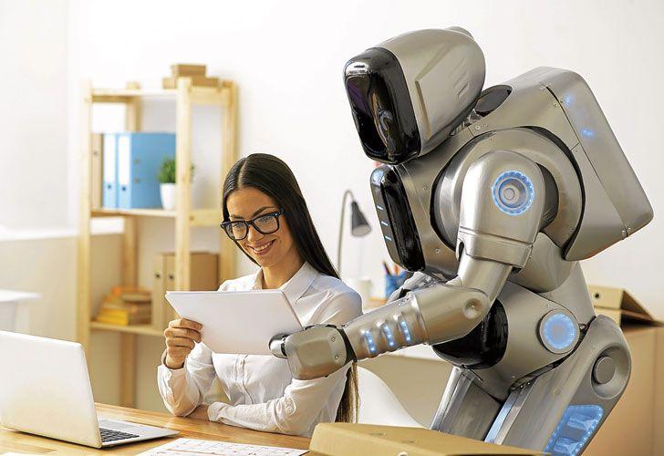 FUTURO. Los robots, nuevos integrantes en las plantillas de personal.