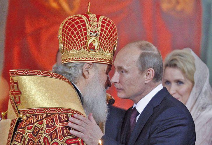 Poderes. El presidente y el patriarca, símbolos de un país con sueños de grandeza.