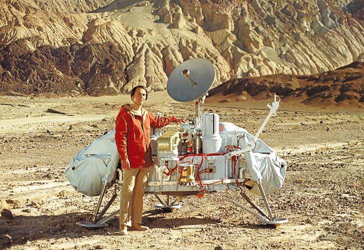 Carl Sagan. Pedía un equilibro entre el escepticismo y la apertura de ideas.