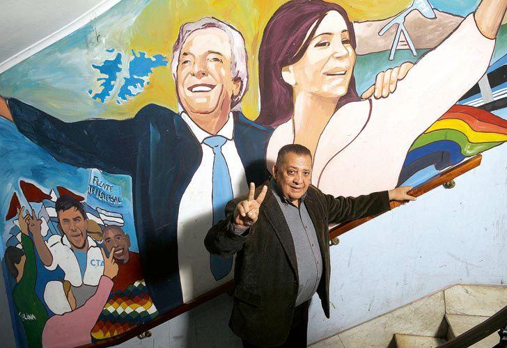 Luis D'Elia cree que CFK y Scioli deben ser candidatos.