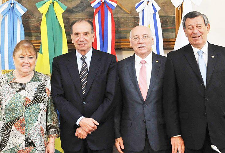 Colegas. Malcorra (Argentina), Nunes Ferreira (Brasil), Loizaga (Paraguay) y Nin Novoa (Uruguay) se reúnen hoy en Buenos Aires.