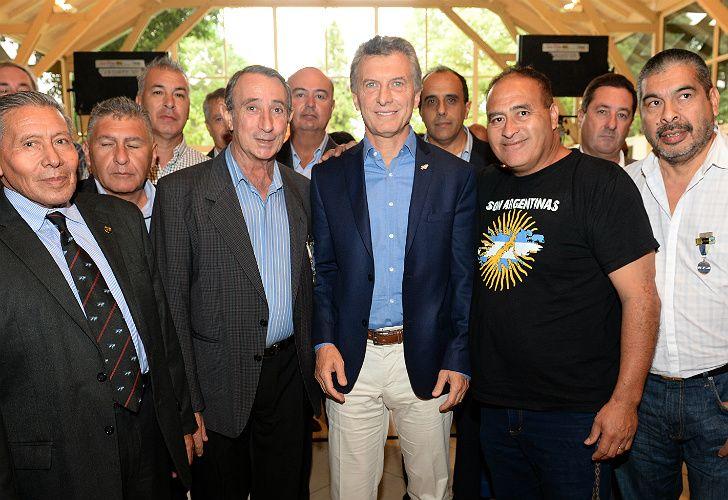 Macri, con veteranos y familiares de caídos en la Guerra de las Islas Malvinas.