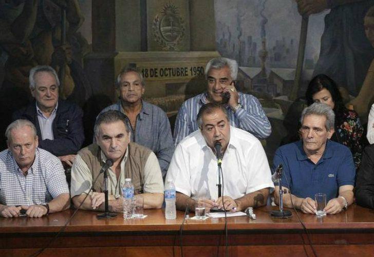 El triunvirato de la CGT, que se opone a la intervención del Estado para imponer un límite en las reelecciones de las cúpulas.
