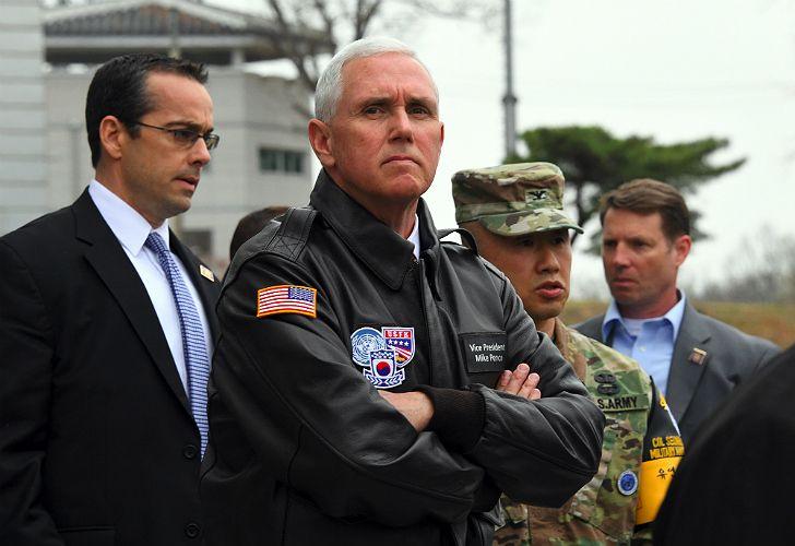 El vicepresidente estadounidense Pence visitó Seúl.