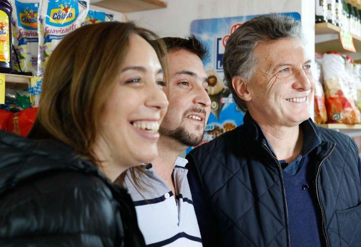 El presidente Mauricio Macri y la gobernadora bonaerense, María Eugenia Vidal, encabezaron un nuevo timbreo nacional en Lobos.
