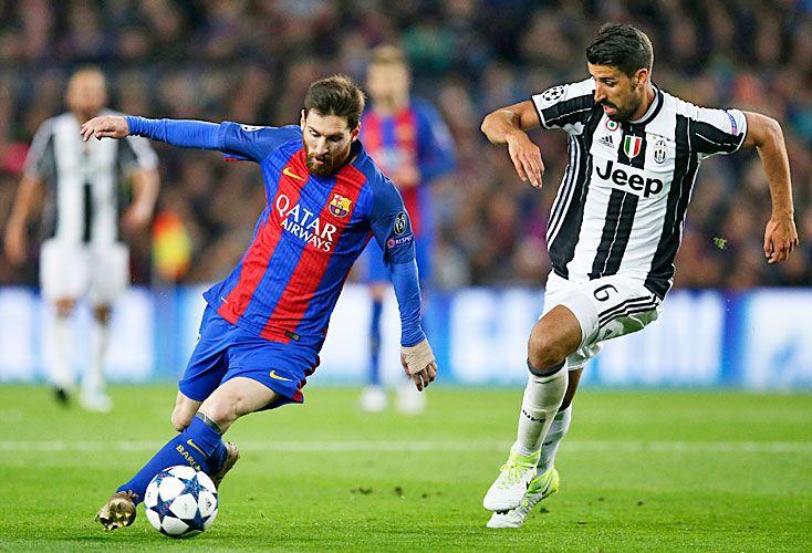 El puntero y el escolta definen el destino de la liga de España. Y como cada vez que se cruzan, el partido ofrece un bonus track: el duelo entre Messi y Ronaldo.